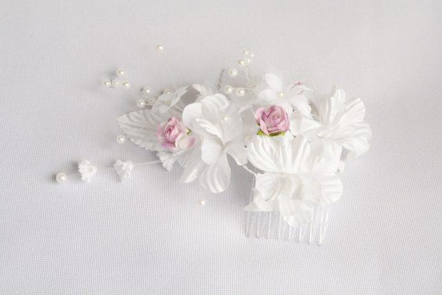 Jak wybrać sztuczne kwiaty na wesele?